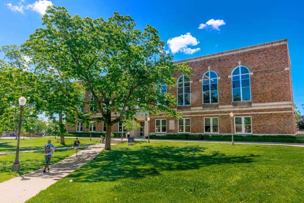 16460-spring-campus-4449