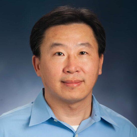 Daniel Hsiao Headshot.