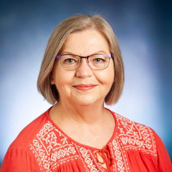 Lisa Rudd Headshot.