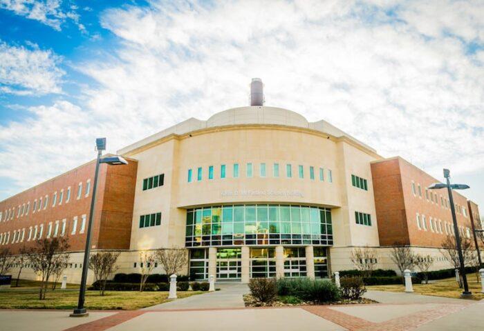 16327-campus architecture -3233-1676×1152