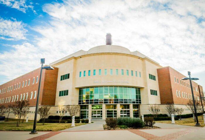 16327-campus architecture -3233-X3