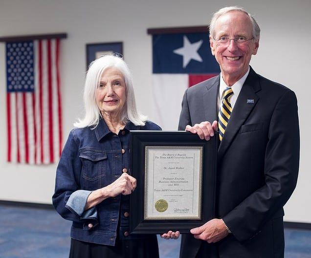 Dr. Jan Walker and President Dan R. Jones