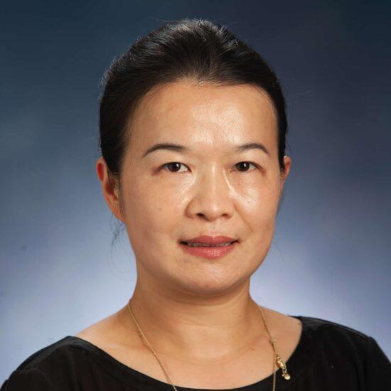Meifang Xiang Headshot.