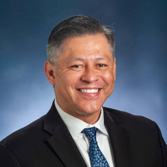 Dr. Juan Araujo