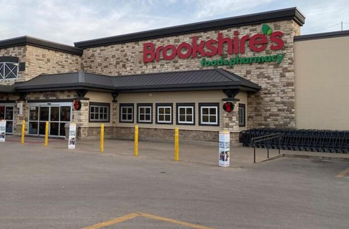 Brookshires Food Pharmacy store-exterior