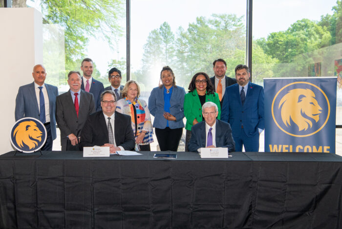 TAMUC Dallas College MOU 13 April 2021