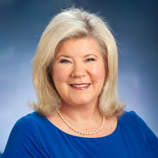 Linda King Headshot.